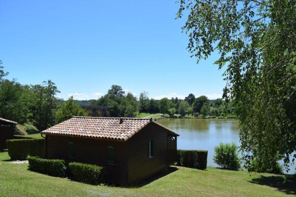 Hotel Pictures: Village Vacances et Camping du Lac, Boulogne-sur-Gesse