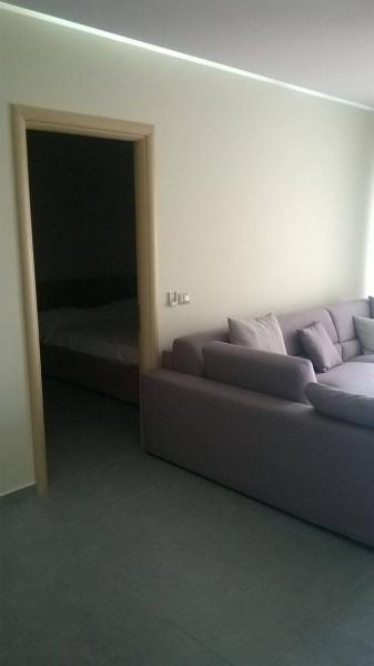 Hotellbilder: Sunshine Apartment, Gjashtë