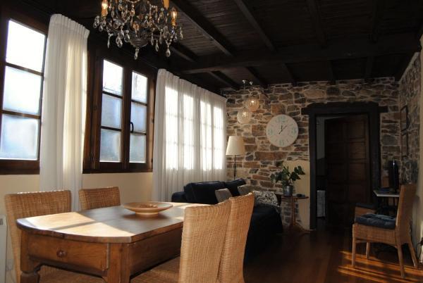 Hotel Pictures: Apartamentos Rurales Ca Lulón, Navelgas