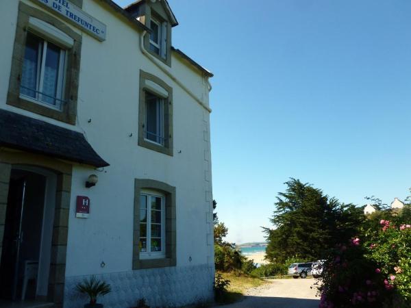 Hotel Pictures: Hôtel-Relais De Trefeuntec, Plonévez-Porzay
