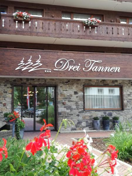 Hotel Pictures: Hotel Drei Tannen, Tannheim