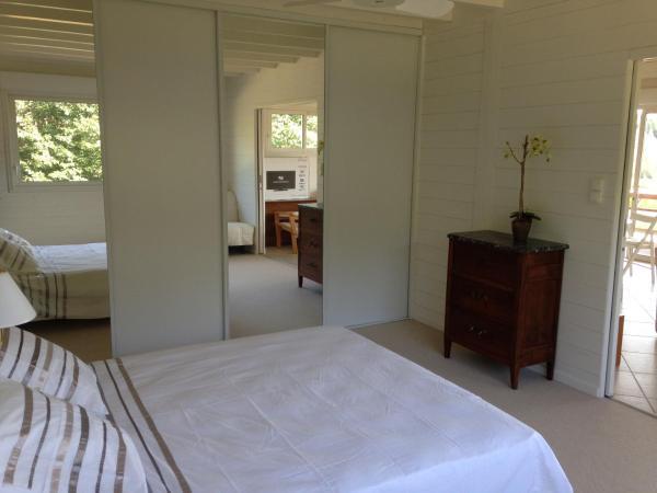 Hotel Pictures: Sas Parc Lacoste, Saint-Marcet