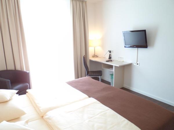 Hotel Pictures: Das Neue Hotel Am Park, Fröndenberg
