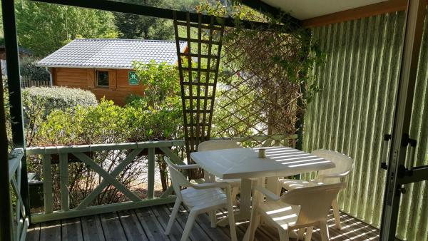 Hotel Pictures: Camping Le Rey, Louvie Juzon