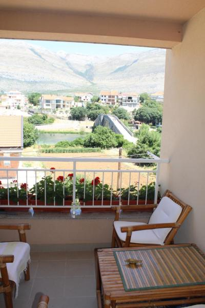 Hotellbilder: Luksuzno opremljen stan, Trebinje