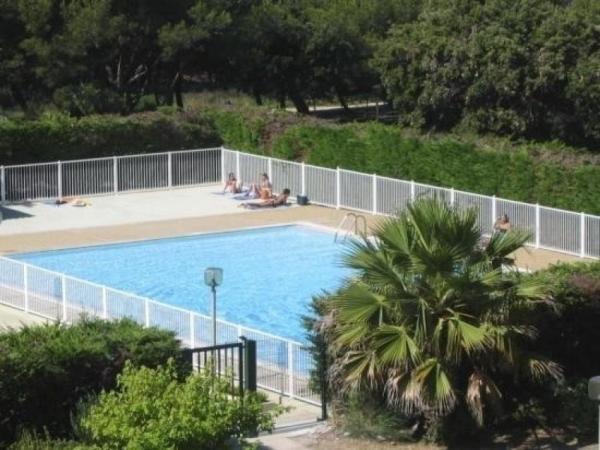 Hotel Pictures: Apartment Aviso, Six-Fours-les-Plages