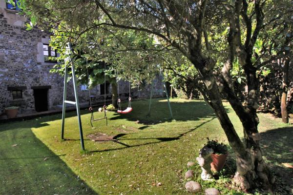 Hotel Pictures: Can Mau, Sant Felíu de Pallarols