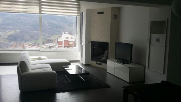 Zdjęcia hotelu: Prestigioso duplex, Tirana