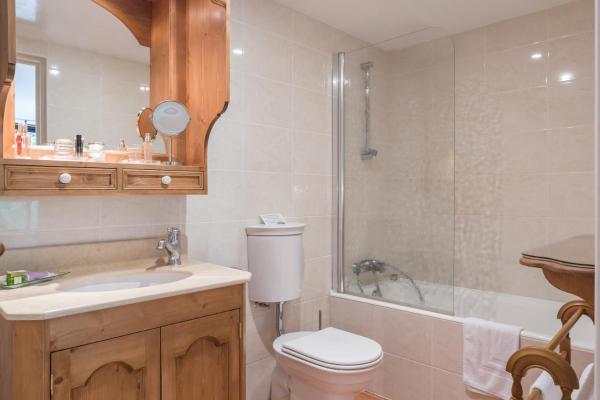 Hotel Pictures: Moulin du Val de Seugne, Mosnac