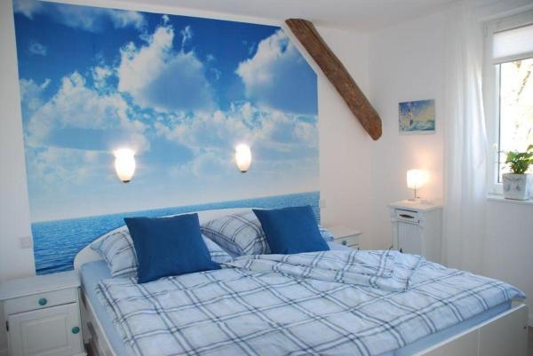 Hotelbilleder: Zimmer-Wasser, Reußenköge