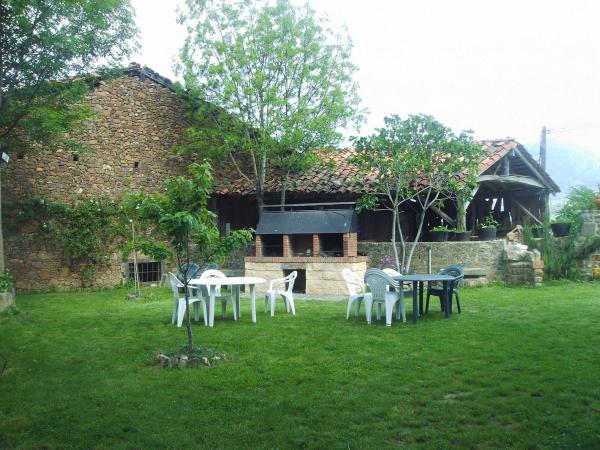 Hotel Pictures: Casa Rural Josefina, Aliezo