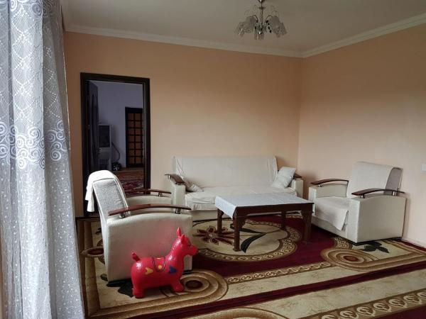Zdjęcia hotelu: Prekrasny Dom Laly, Qusar