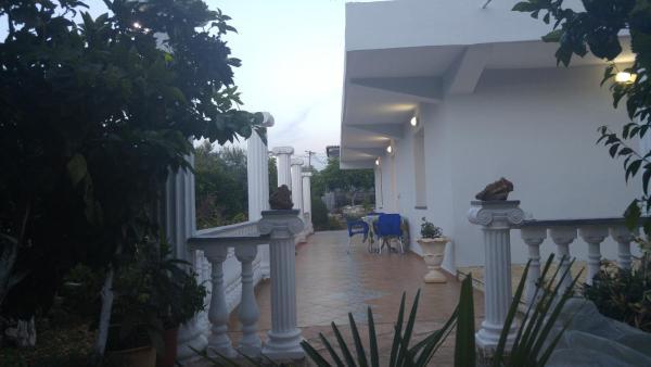 Foto Hotel: Amantia Apartments, Gjashtë