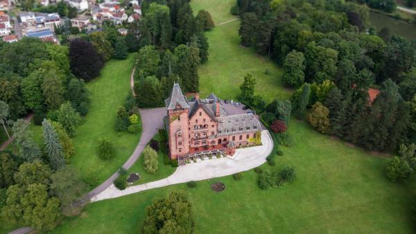 Hotelbilleder: Gästehaus Schloss Saareck, Mettlach