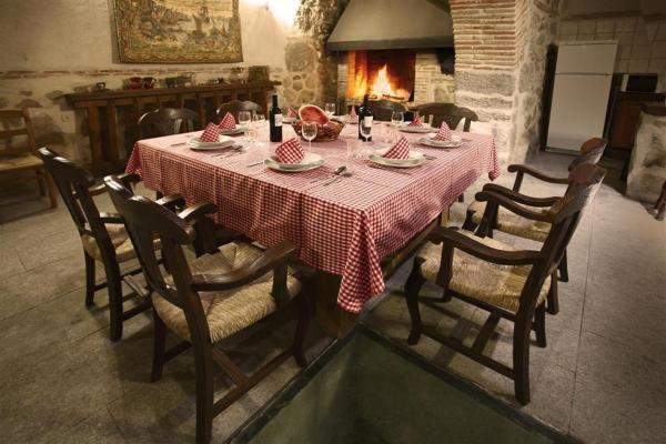 Hotel Pictures: Casa Rural La Bodega, Sonseca