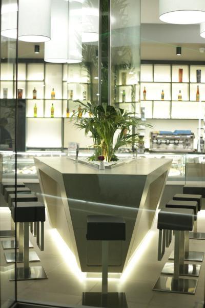 Zdjęcia hotelu: Albes, Fier