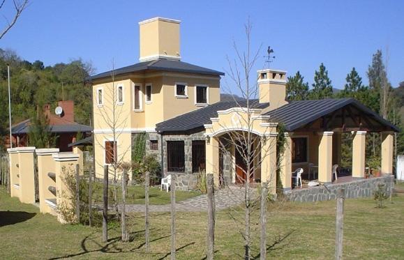 Foto Hotel: Casa En Raco, Raco