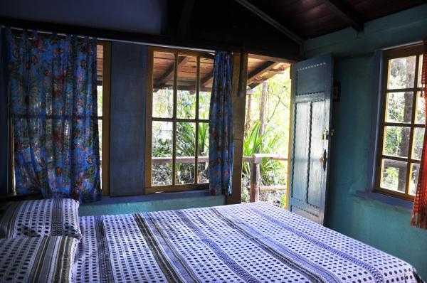 Hotel Pictures: Pousada Lua Bonita, Macacos