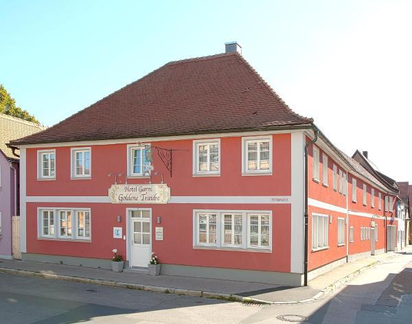 Hotel Pictures: Hotel Garni Goldene Traube, Bad Windsheim