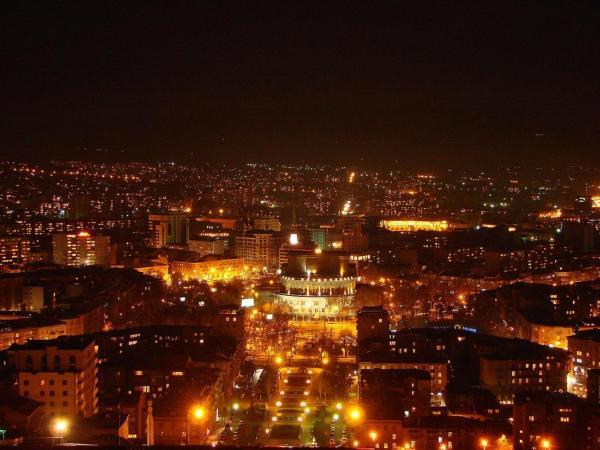 Фотографии отеля: Apartment Garegin Njdeh, Ереван
