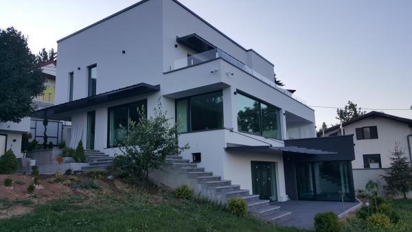 Foto Hotel: Modern Villa, Hadžići