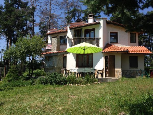 Foto Hotel: Charming Mount Family House Relax, Peshtera