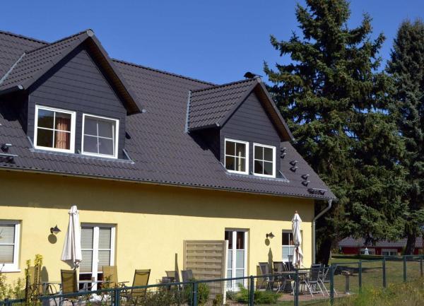 Hotelbilleder: Villen am See - 4-Raum Häuser DHH See- Idyll 2, Korswandt