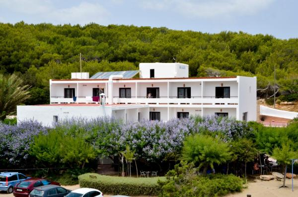 Hotel Pictures: , Es Figueral Beach