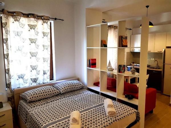 Fotos do Hotel: Omar Real Estate, Tirana