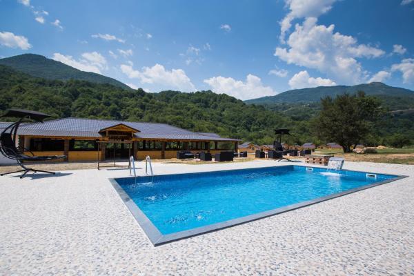 Hotellikuvia: Trio Lux Resort, Foča
