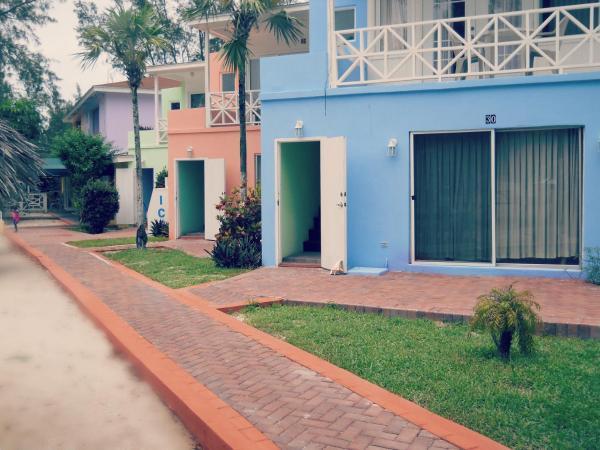 Hotel Pictures: Coral Harbour Beach House & Villas, Nassau