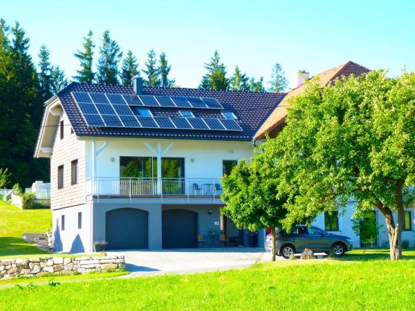 Fotografie hotelů: Familie Hofer - Urlaub am Bauernhof, Helfenberg