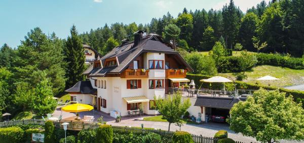 Fotografie hotelů: Ferienhaus Holzer, Egg am Faaker See