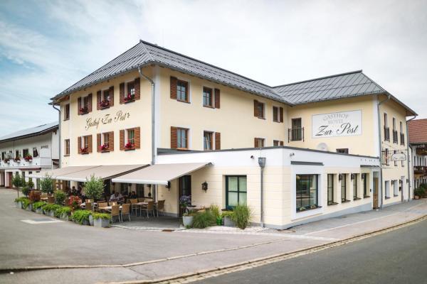 Hotelbilleder: Gasthof - Hotel Zur Post, Neukirchen am Teisenberg