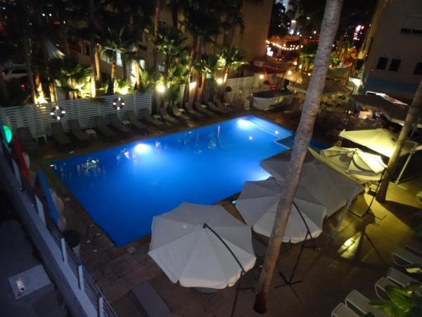 ホテル写真: 2 bedroom Apartments in 'Yatros Harmony Court ', リマソール
