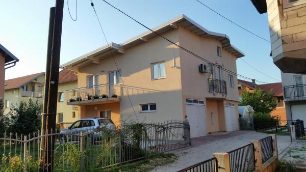 Hotellikuvia: Holiday Home Karcic, Ilidža