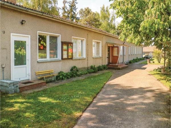 Hotelbilleder: Ten-Bedroom Holiday Home in Bresewitz, Bresewitz