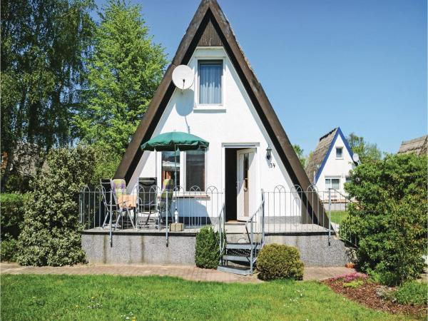 Hotelbilleder: Two-Bedroom Holiday Home in Gager/Rugen, Lobbe