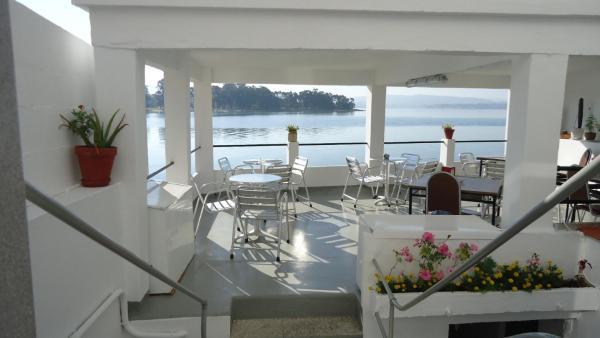 Hotel Pictures: Hostal Miramar, O Grove