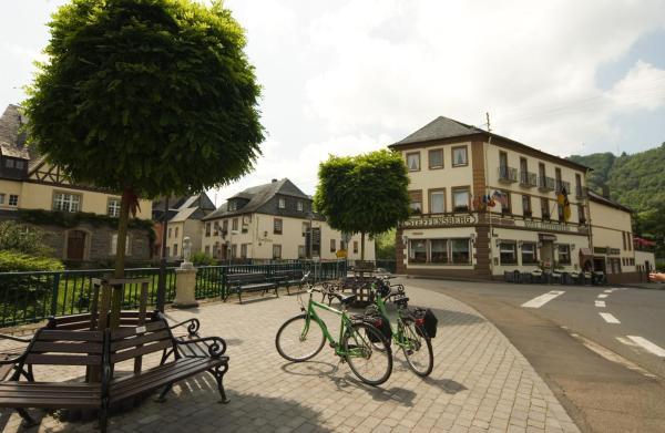 Hotel Pictures: Mosel Weinhotel Steffensberg, Enkirch