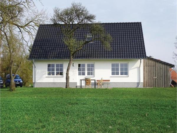 Hotelbilleder: Two-Bedroom Holiday Home in Usedom, Gellenthin