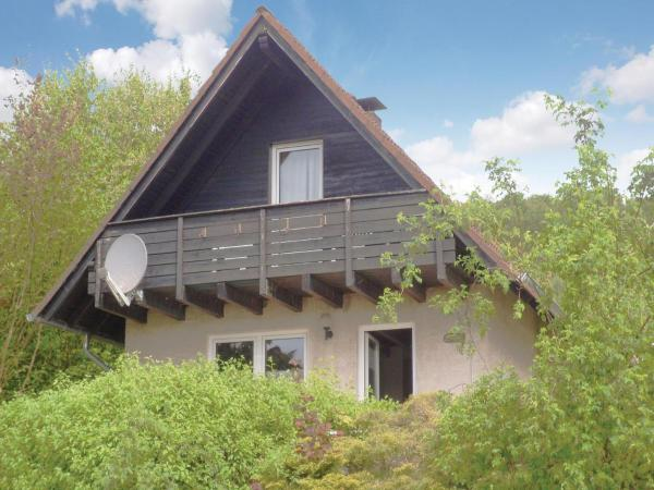 Hotelbilleder: Three-Bedroom Holiday Home in Marienmunster, Marienmünster