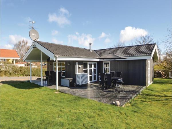 Hotelfoto's: Five-Bedroom Holiday Home in Hejls, Hejls