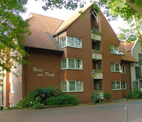 Hotel Pictures: Hotel am Park, Dinslaken