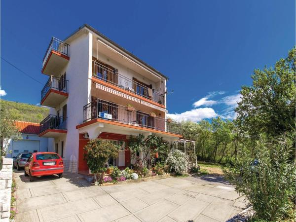 Foto Hotel: One-Bedroom Apartment in Dramalj, Dramalj
