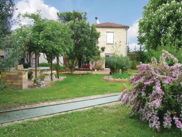 Hotel Pictures: Holiday Home Les Marronniers, Colayrac-Saint-Cirq