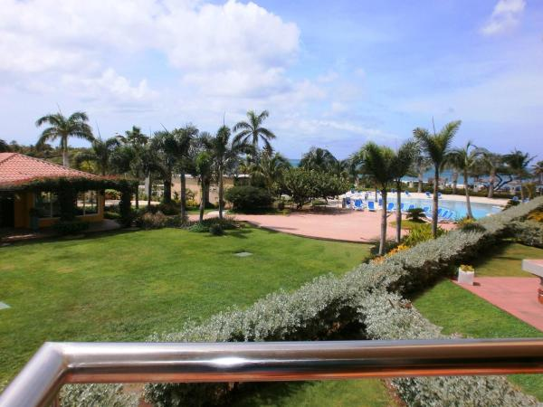 Fotos del hotel: Superior View Three-bedroom condo - E225, Palm-Eagle Beach