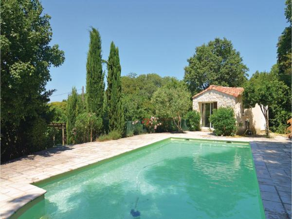 Hotel Pictures: Four-Bedroom Holiday Home in Navacelles, Navacelles
