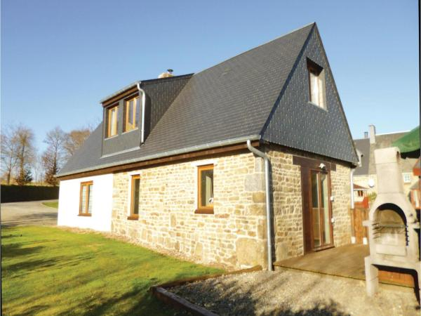 Hotel Pictures: Studio Holiday Home in Roullours, Roullours
