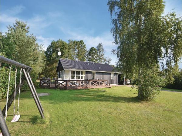 Hotel Pictures: Holiday home Strandlund Hadsund IX, Hadsund